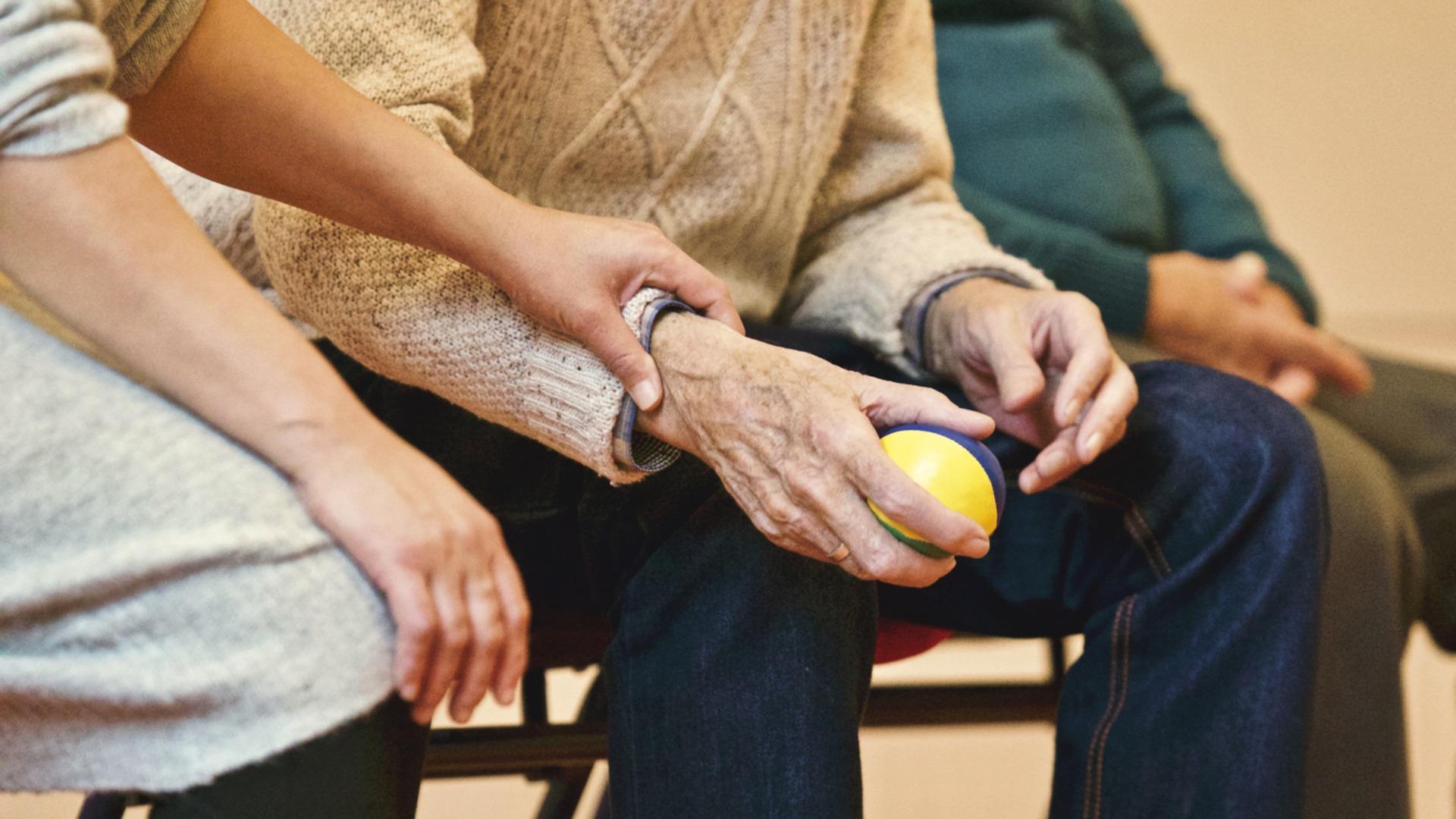 Internationaler Tag der Pflege: 24h Betreuer brauchen gezielte Fördermaßnahmen